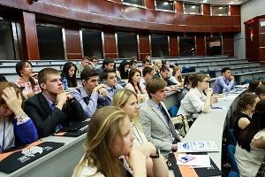 Какие существуют сложности при поступлении в школу дипломатии