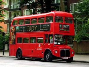 znamenityi-londonskyi-avtobusi